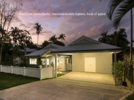 front-queenslander-white-wall-fence